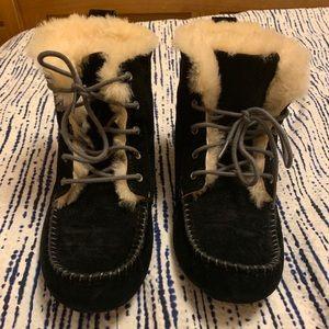 UGG Alena boot